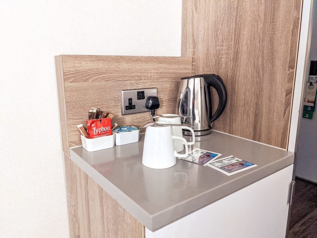 The coffee making facilities at the Holiday Inn Shepperton