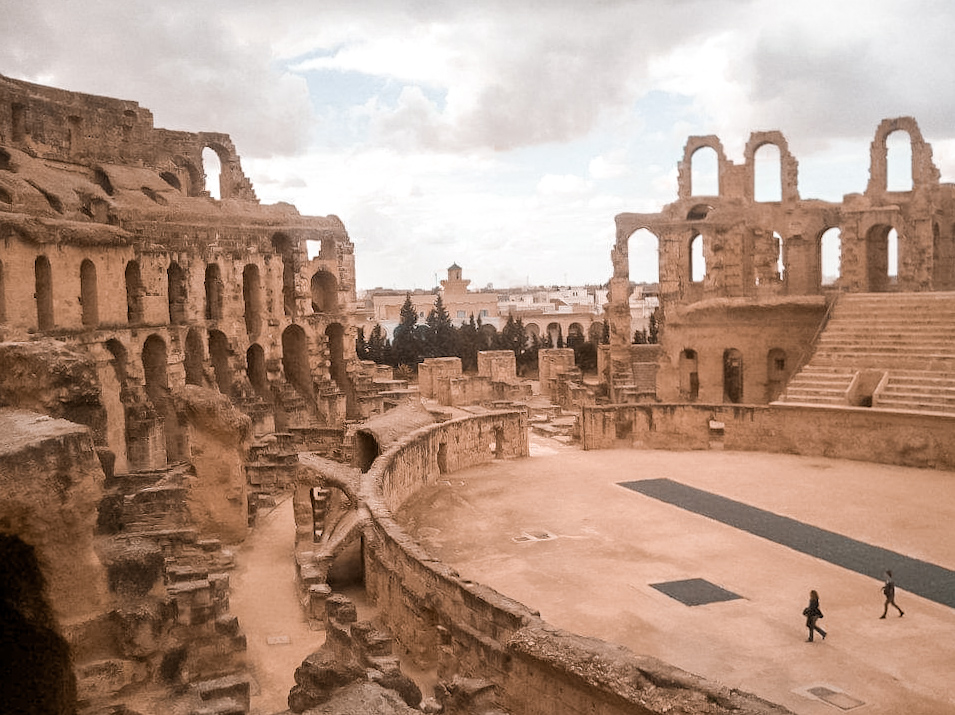 View of the amphitheatre and arena at El Djem